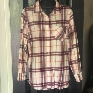 Old Navy Tops - Old Navy size M plaid tunic burgundy + blush